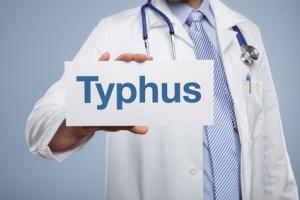 obat penyakit tipes